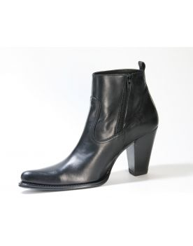 8555 Sendra Ankle Boots Stiefelette Negro 2